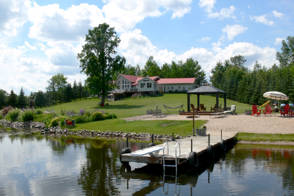 Lee River Bed and Breakfast