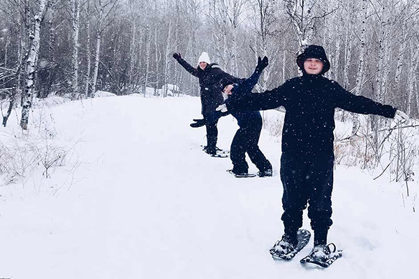 Cross-country skiing and snowshoeing in Lac du Bonnet